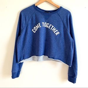 Abercrombie & Fitch Blue Cropped Sweatshirt